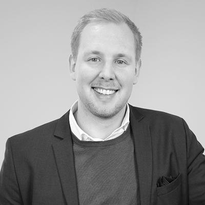 Bild på Jakob Roos i svartvitt